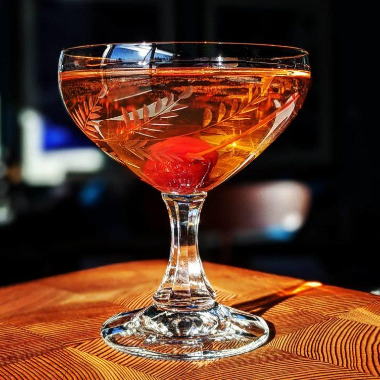 Rosé Gin Martini