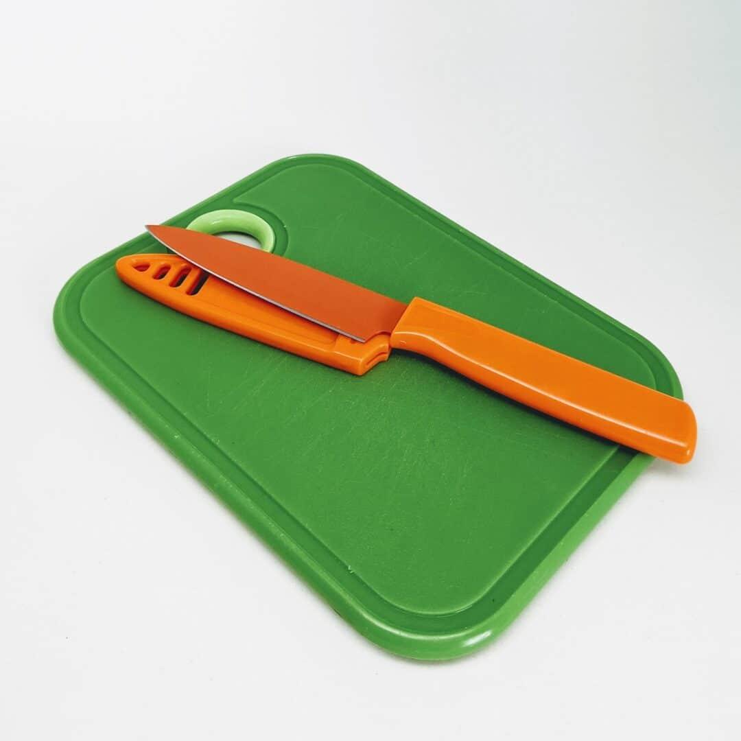 Bar Knife and Cutting Board