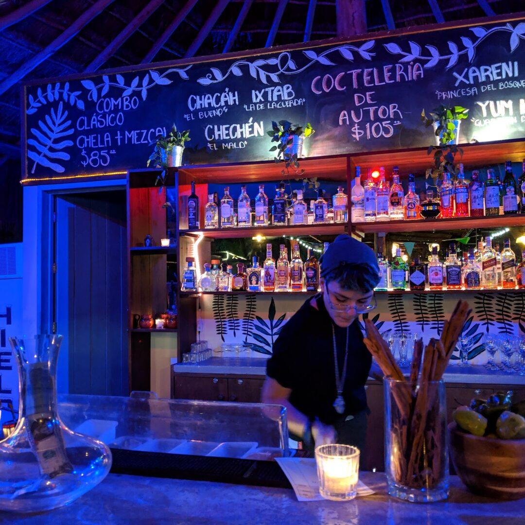 Tulum Food Truck Park - Bar
