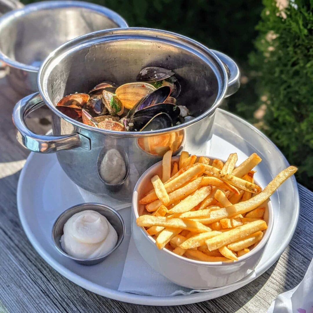 Britannia Brewing Mussels and Clams